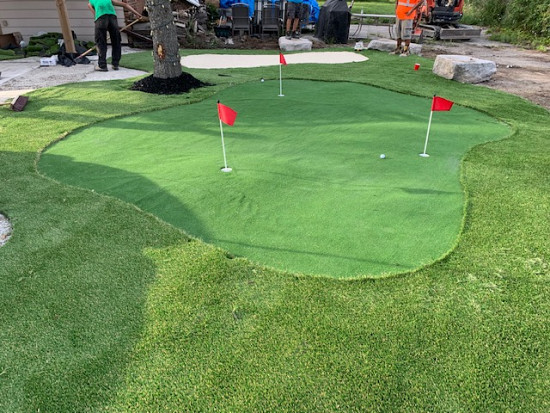 Putting Green in Vaughan
