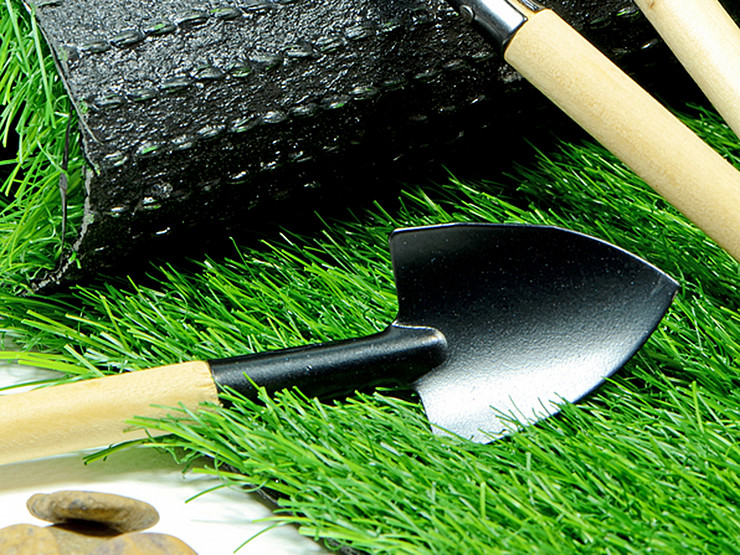 Artificial Grass Costs Less Than You Think