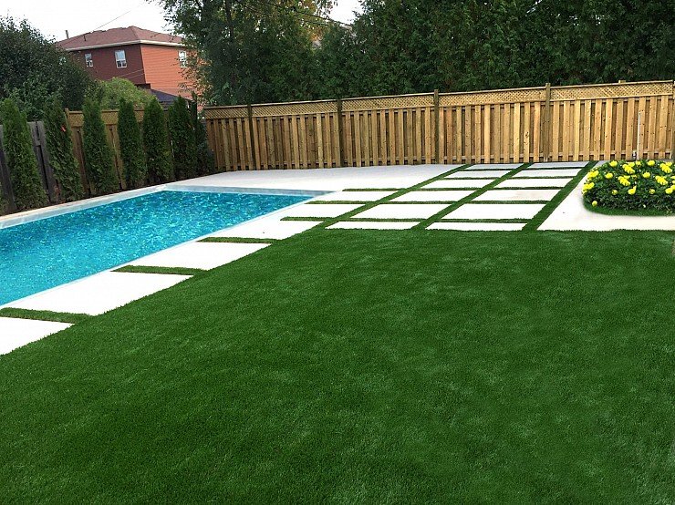 Artificial lawn design & installation in Toronto by Lazy Lawn Canada